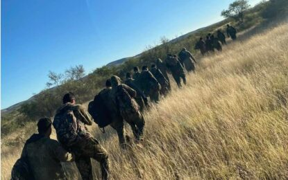 Detienen a decenas de migrantes en presidio
