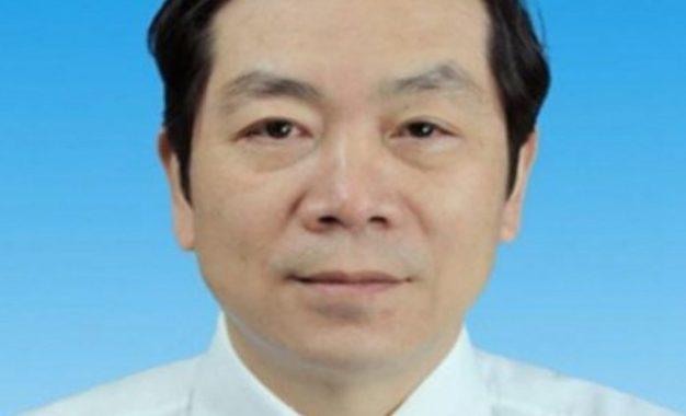 Muere doctor que regresó del retiro para curar a pacientes con coronavirus