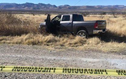 Robacarros desatan balacera y persecusión en la rúa Chihuahua-Delicias; detienen a dos
