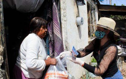 Continúa Sol Sánchez con entrega emergente de apoyos en albergues