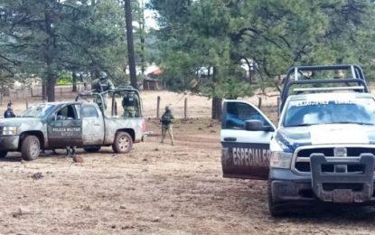 Detienen a ex municipal de Madera con 2 fusiles de asalto