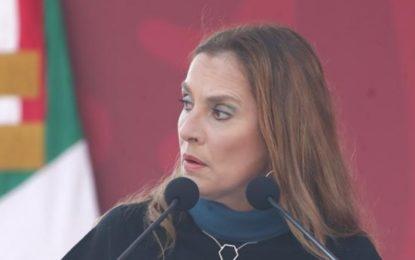 """""""Están muy inquisidores"""", dice Beatriz Gutiérrez y se disculpa por polémico tuit"""