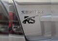 Apoyan SantaBarbarinos a Ricardo Salcido con calcas en sus vehículos