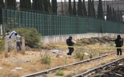 Hallan cuerpo de bebé calcinado cerca de vías del tren en Puebla