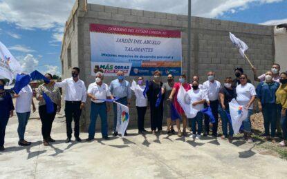 Encabeza Jenny Figueroa arranque de construcción del Jardín del Abuelo y Biblioteca Municipal